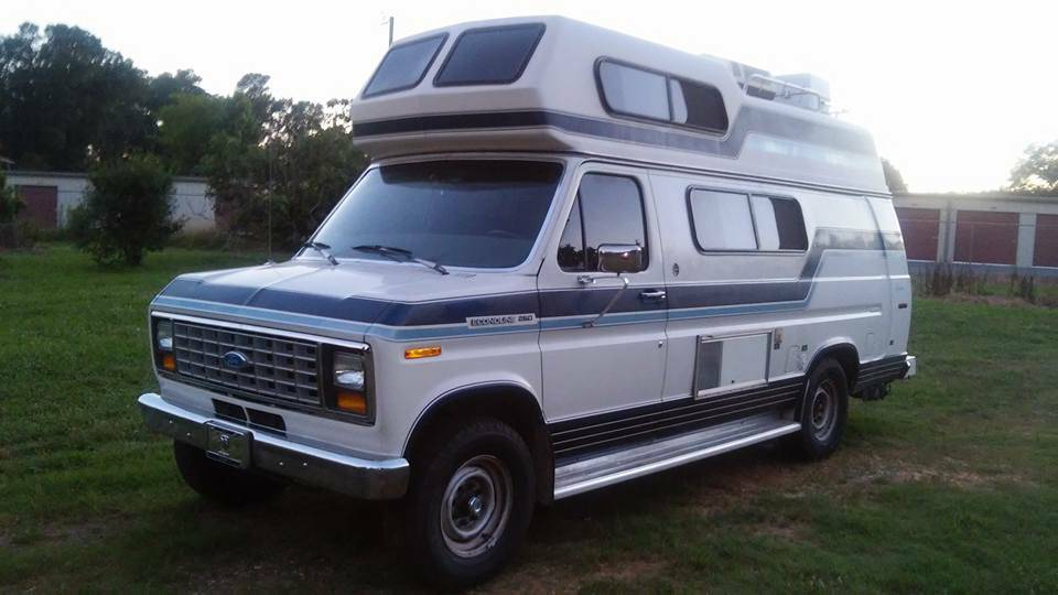 coachmen ford camper van for sale class b rv classifieds. Black Bedroom Furniture Sets. Home Design Ideas