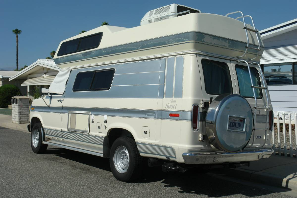 1991 Ford Conversion Camper For Sale in Hemet, California