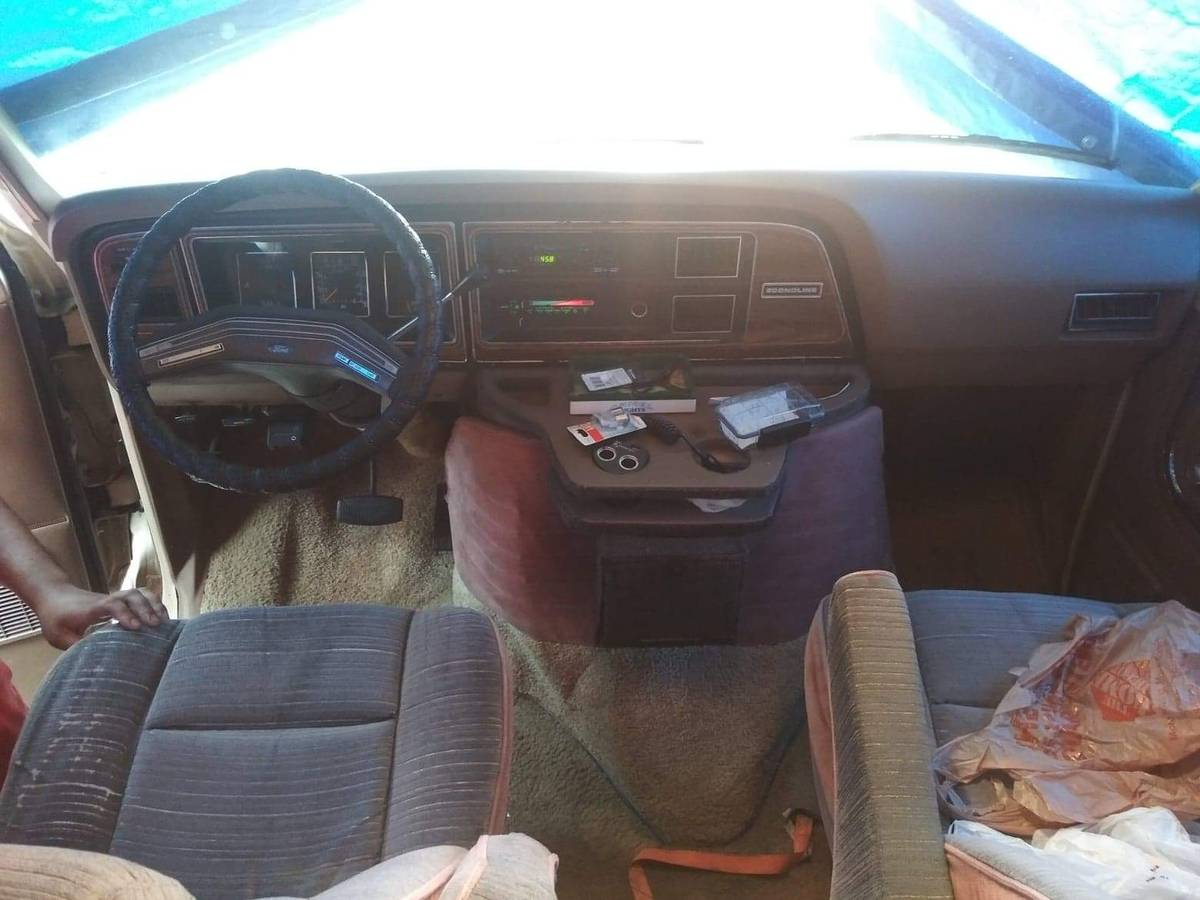 1988 Ford Jamboree Camper For Sale in Buffalo, New York