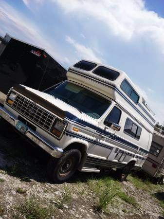 1988 Ford Econoline Camper For Sale in Vero Beach, Florida