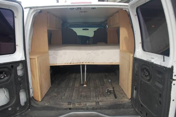 2006 Ford E250 Camper For Sale in Astoria, Oregon